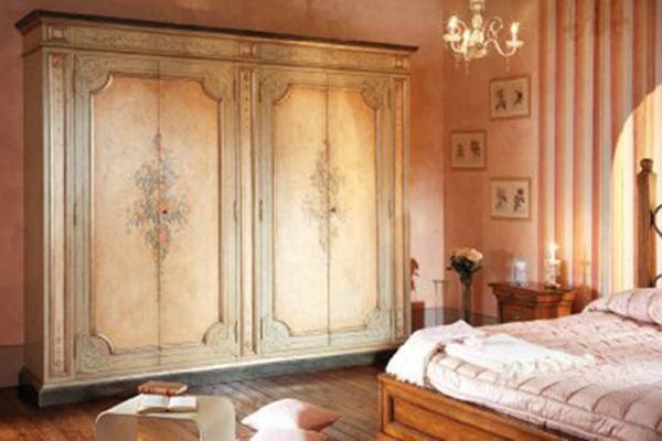 Mobilia arredamenti giorno notte for Case classiche eleganti